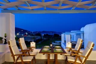 veranda in Almira villa