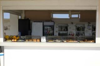 facilities blue mare villas breakfast